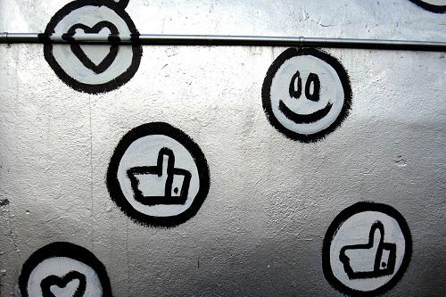 کد رنگ شبکه های اجتماعی